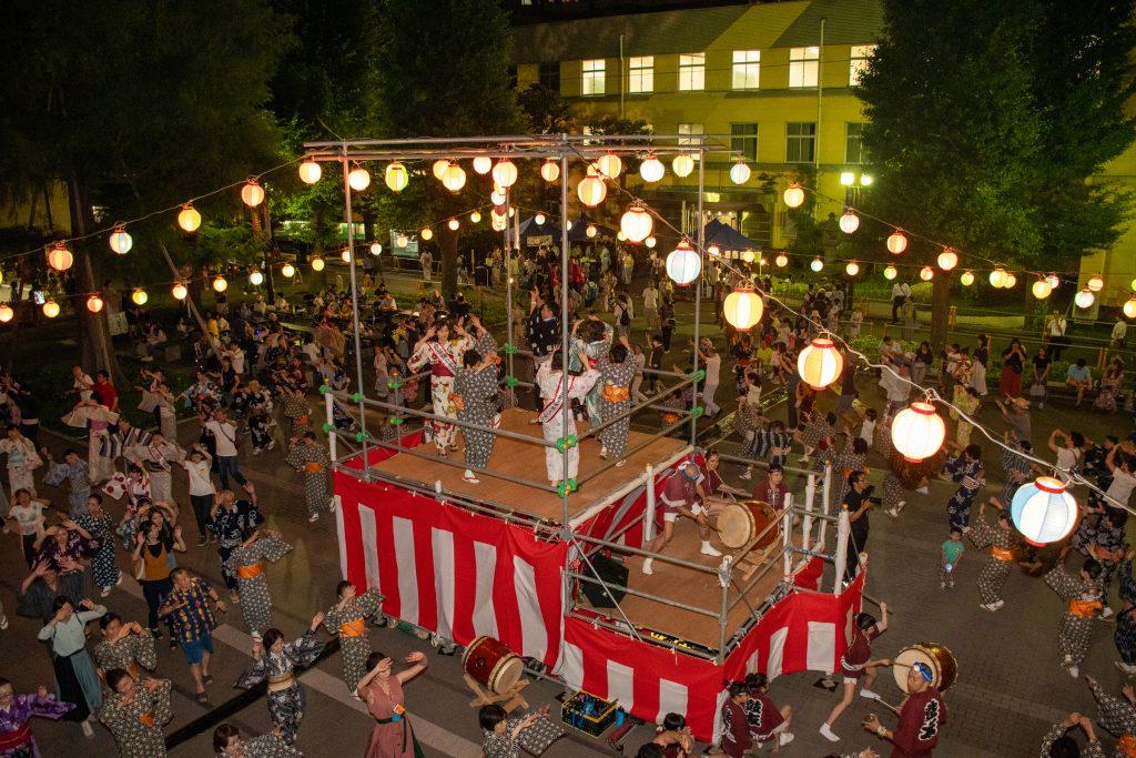 2日間で約6700人が来場した昨年の鴨台盆踊り