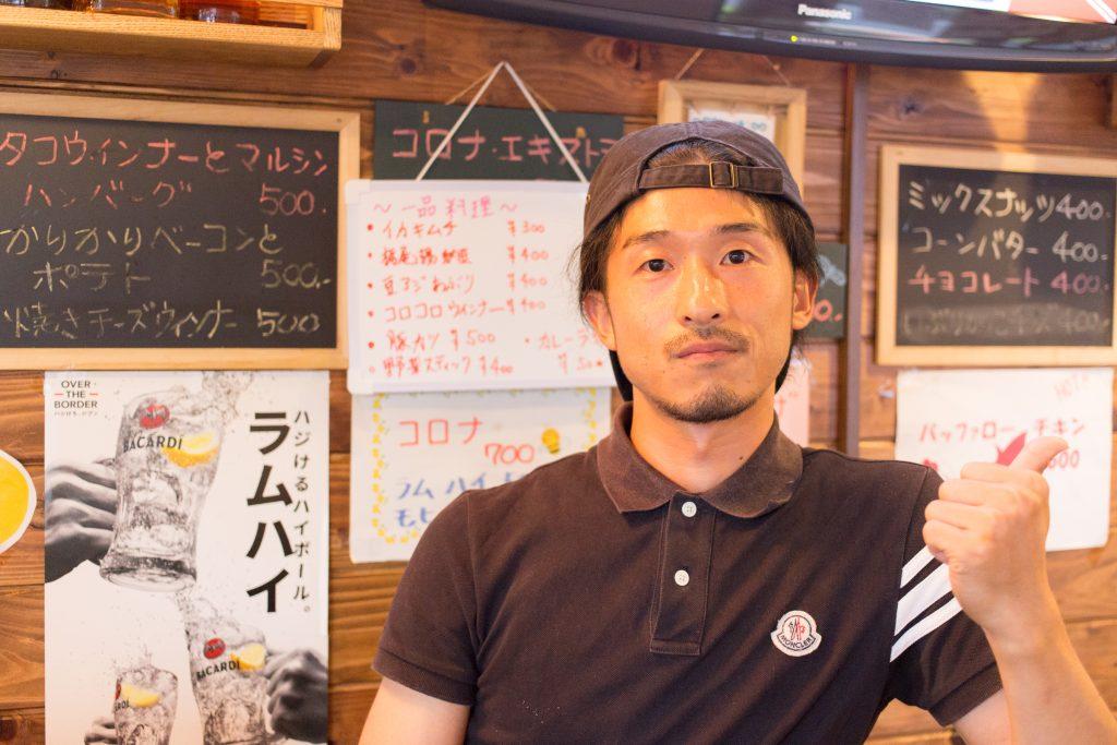 「narrow cafe」店主の長村孝則さん