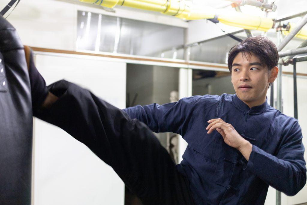 studio景でトレーニングをする茂木さん