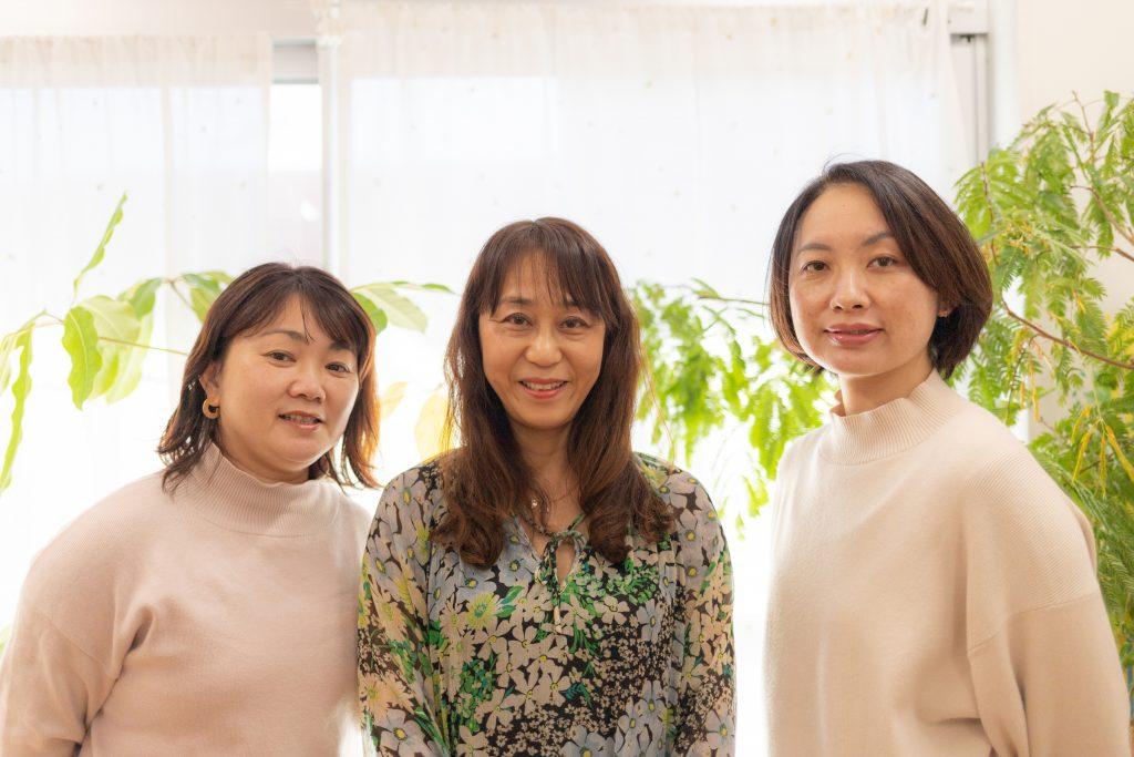 左から遠藤光恵さん、三浦さん、佐藤佳代さん