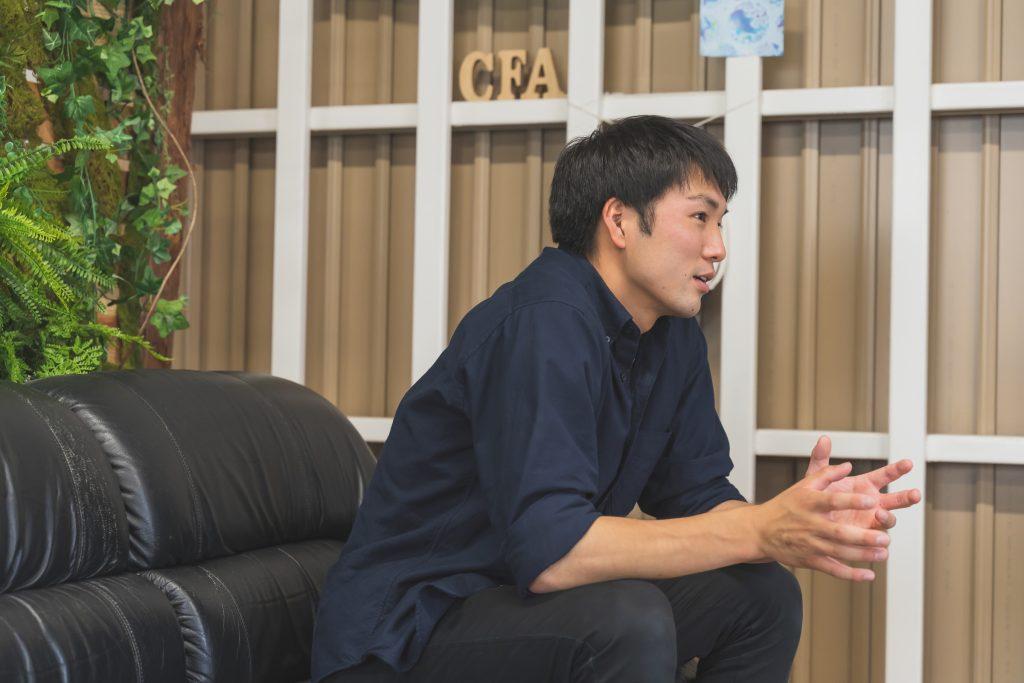 子どもたちやirodoriの事を話す飯村さんは真剣そのもの